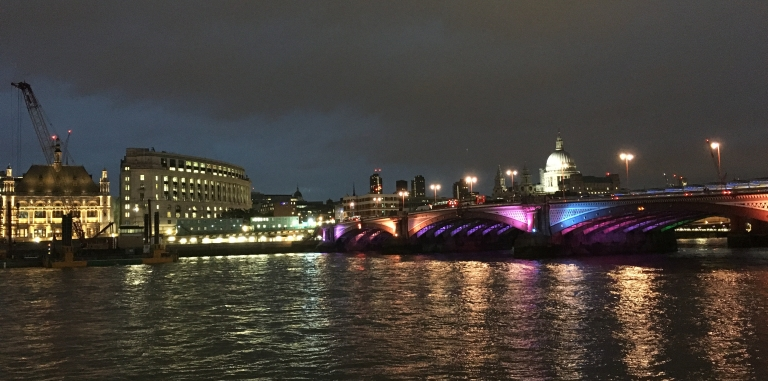 thames-at-night.jpg